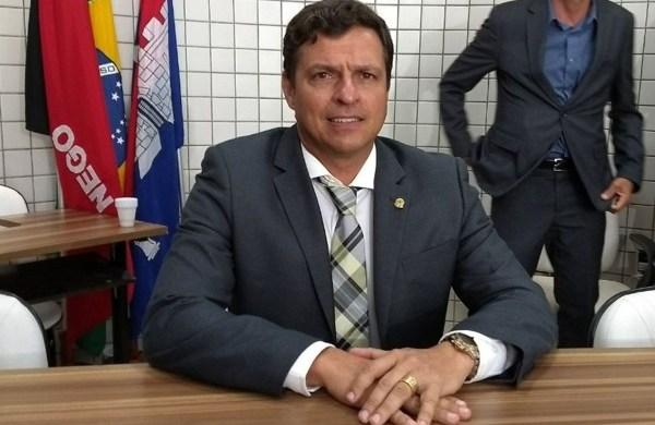 Prefeito e ex-prefeito de Cabedelo viram réus em nova denúncia na Xeque-Mate