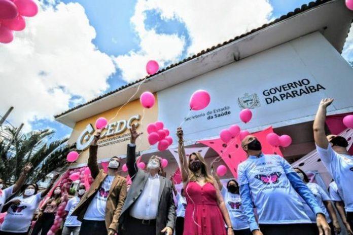 João abre campanha Outubro Rosa e destaca ampliação de exames para diagnóstico precoce